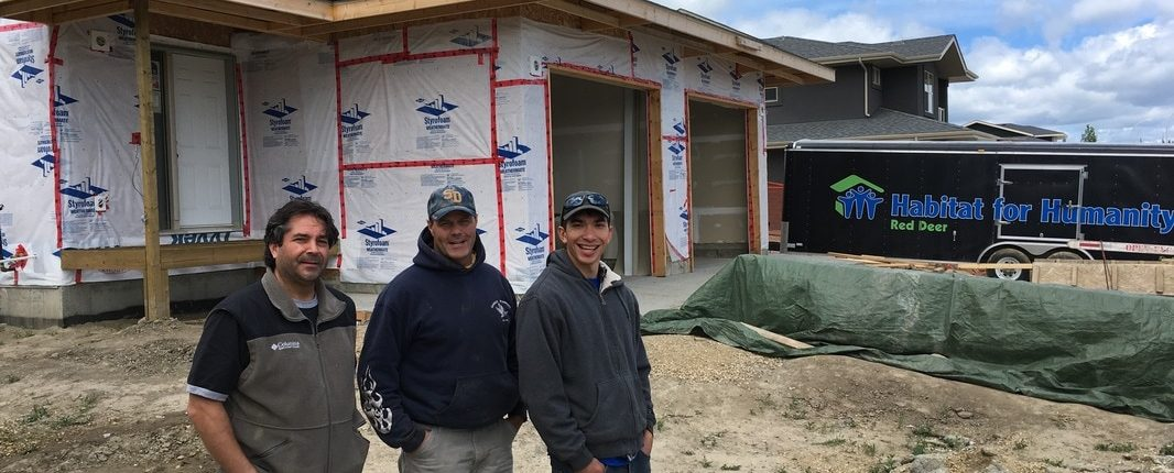 Volunteer Experience : Habitat For Humanity | Homestead Team